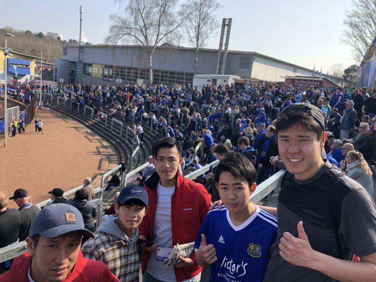 サッカー留学大学生