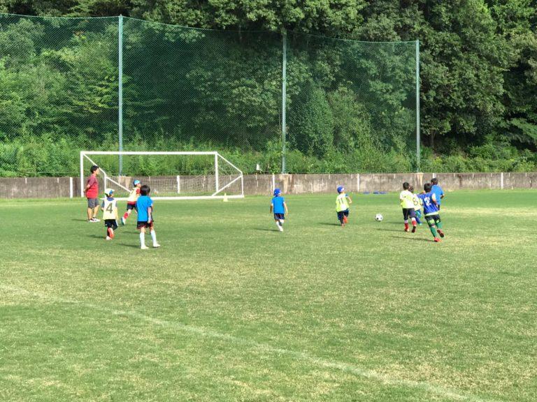 サッカー留学小学生